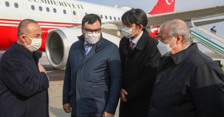 Dışişleri Bakanı Çavuşoğlu, Özbekistan'da