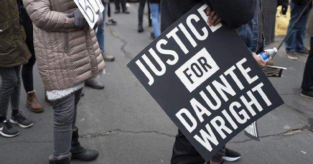 ABD'de siyahi Wright'ı vuran polis memuru istifa etti