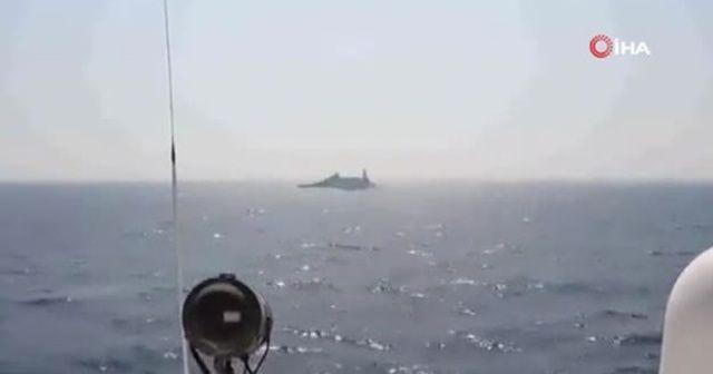 ABD Donanması, İran Devrim Muhafızlarına ait gemilere uyarı ateşi açtı