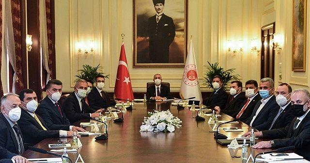 Adalet Bakanı Gül, YTB Başkanı Eren ve beraberindeki heyeti kabul etti