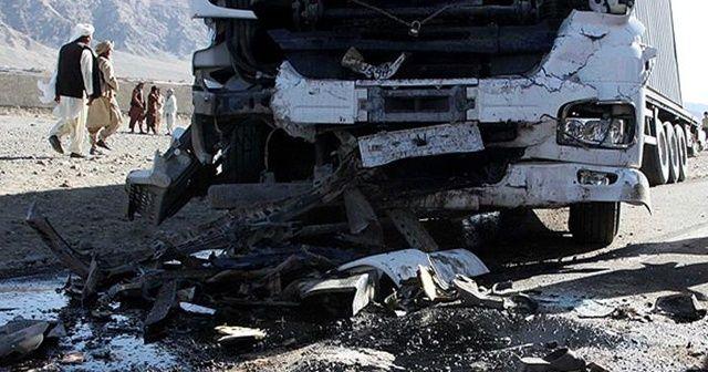 Afganistan'da meydana gelen trafik kazasında 14 kişi öldü