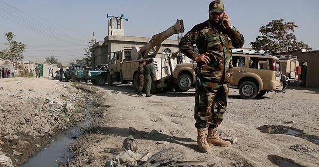 Afganistan'da polis karakoluna saldırdı: 3 ölü