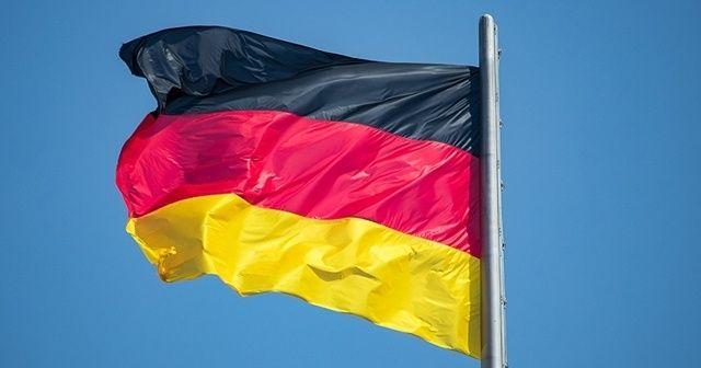 Alman ekonomisi yılın ilk çeyreğinde daraldı