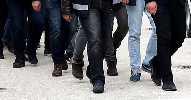 Antalya'da 8 FETÖPDY şüphelisinden 2'si tutuklandı