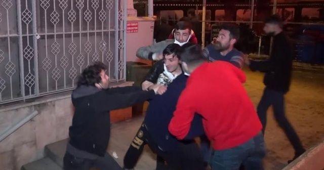 Antikacı dükkanındaki yangın sırasında büyük kavga