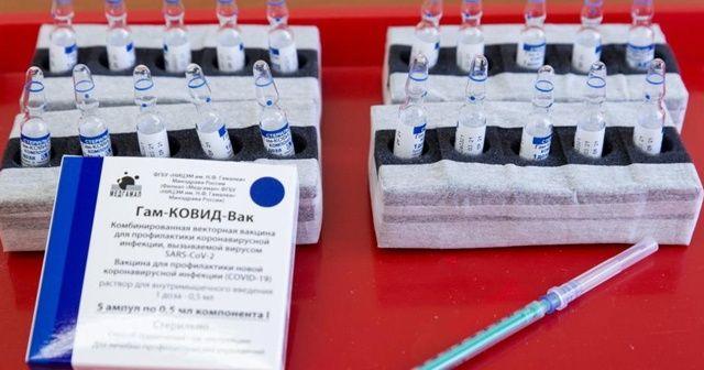 DSÖ ve EMA, Sputnik V aşısının laboratuvarlarını denetleyecek