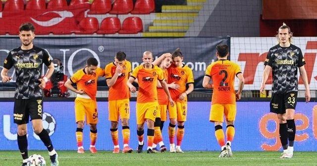 Galatasaray, lider Beşiktaş'la puan farkını 6'ya indirdi