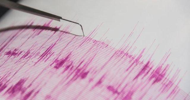 Hindistan'da 6,4 büyüklüğünde deprem