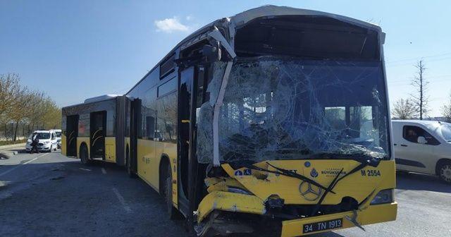 İETT otobüsü minibüse çarptı