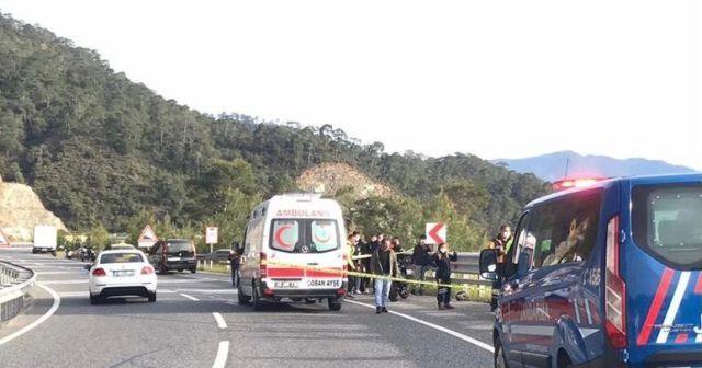 İki arkadaş motosiklet kazasında hayatını kaybetti