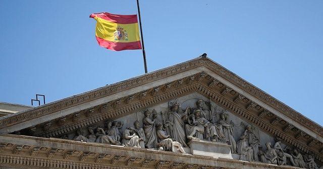 İspanya'da İçişleri Bakanına mermi gönderildi