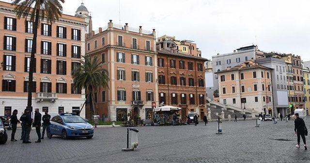 İtalya'da sıkı tedbirler nisan ayı sonuna kadar uzatıldı