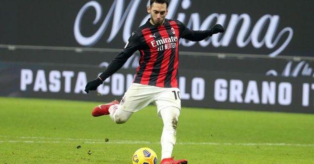 İtalyanlar Hakan Çalhanoğlu için PSG'nin devreye girdiğini yazdı