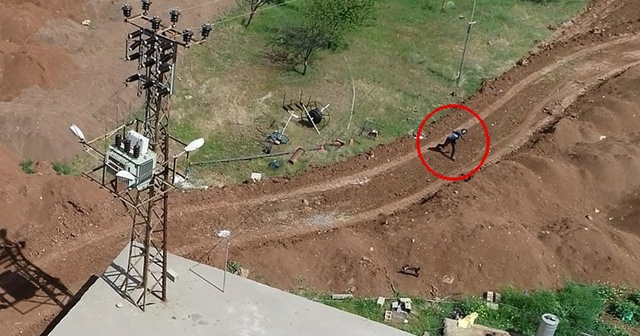 Kaçak elektrik kullanımını tespit için havalanan drone'u taşladılar
