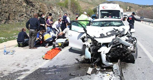 Kazada ağır yaralanan yaşlı adam kurtarılamadı