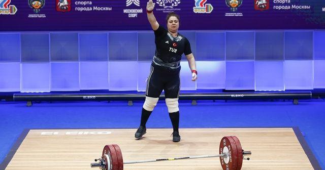 Melike Günal 3 bronz madalya kazandı
