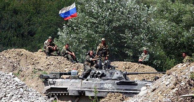 Rusya, askeri birliklerini tatbikat için Kırım'a gönderdi