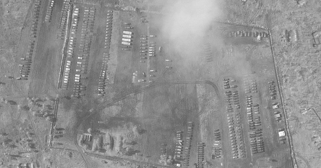 Rusya'nın Ukrayna sınırındaki askeri varlığı uydudan görüntülendi