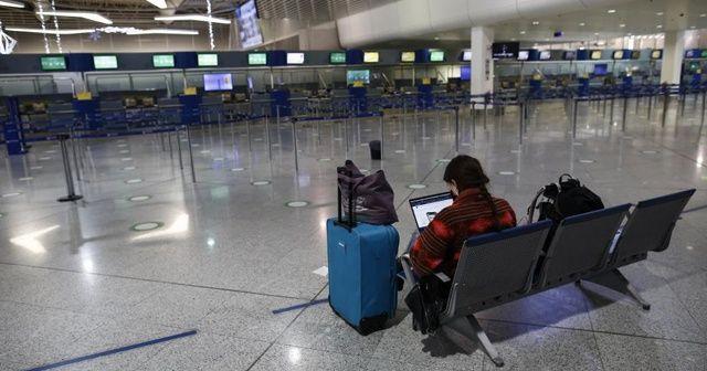 Yunanistan, uluslararası uçuşlardaki kısıtlamaları uzattı