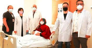70 yaşındaki kadın aynı anda 3 farklı kanserden kurtuldu