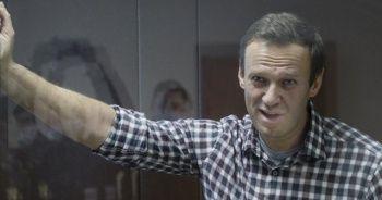 Açlık grevindeki Navalny hastaneye kaldırıldı