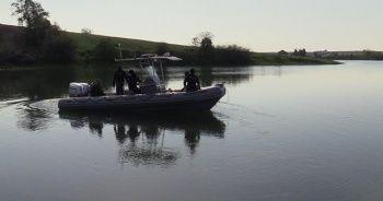 Adana'da balıkçı teknesi battı