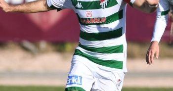 Bursaspor'da üç futbolcu ile yollar ayrılacak