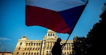 Çekya 18 Rus diplomatı sınır dışı etme kararı aldı