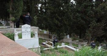 Dua etmek için gittiği mezarlıkta kayıp oğlunun cesedini buldu