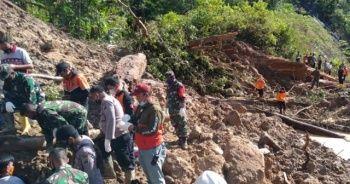 Endonezya'da heyelan: 3 ölü