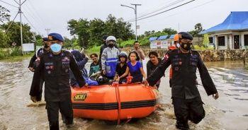 Endonezya'daki sel ve heyelan felaketinde can kaybı 117'ye yükseldi