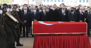 Eski başbakanlardan Yıldırım Akbulut son yolculuğuna uğurlandı