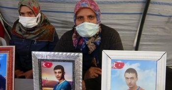 Evlat nöbetindeki acılı anne: Benim oğlum nereden biliyor Suriye'ye gitmeyi