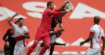 Fatih Karagümrük-Antalyaspor maçında beraberlik