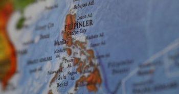 Filipinler'de Surigare tayfunu nedeniyle 68 bin kişi tahliye edildi