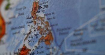 Filipinler'de SUV tipi araç sulama kanalına düştü: 13 ölü