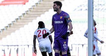 Genç kaleci Arda Özçimen ilk maçında penaltı kurtardı