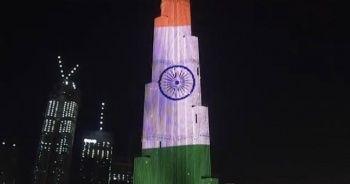 Hindistan'a destek için Burj Khalifa'ya Hindistan bayrağı yansıtıldı