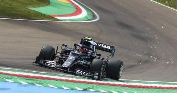 İtalya'da pole pozisyonu Lewis Hamilton'ın