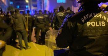 Kısıtlamada kavgaya tutuşan 15 kişiye 47 bin lira ceza