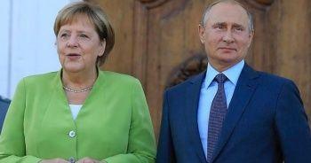 Putin ile Merkel, Donbass'ı görüştü