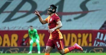 Radamel Falcao özel maskeyle