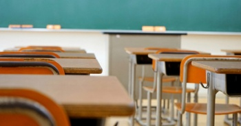 Son Dakika: Yüz yüze eğitime ara verildi, dönem sınavları ertelendi