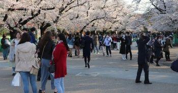 Tokyo ve Osaka yeniden OHAL'e hazırlanıyor