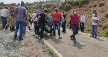 Uçuruma yuvarlanan traktörün sürücüsü öldü