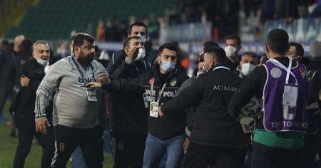 Çaykur Rizespor-Beşiktaş maçı sonrası gerginlik