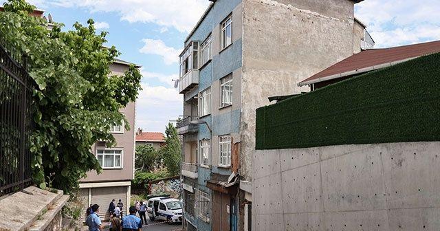 Fatih'te 3 katlı bina boşaltıldı