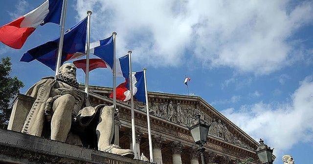 Fransa, Rusya'nın Paris Büyükelçisini bakanlığa çağırdı