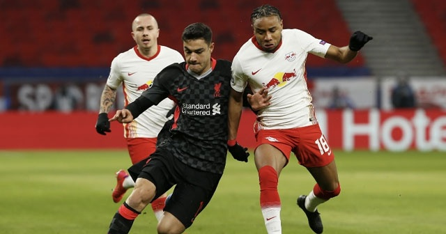 Liverpool'un beğenmediği Ozan Kabak'a sürpriz talip