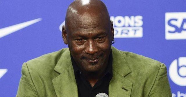 NBA'in efsanesinin formasına 11,5 milyon lira